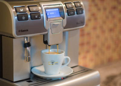 Plnoautomatický kávovar